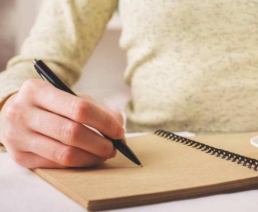 英文类毕业论文摘要该怎么写?早发表小编告诉你